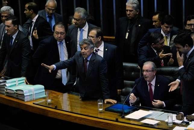Eduardo Cunha - Tumulto na Câmara