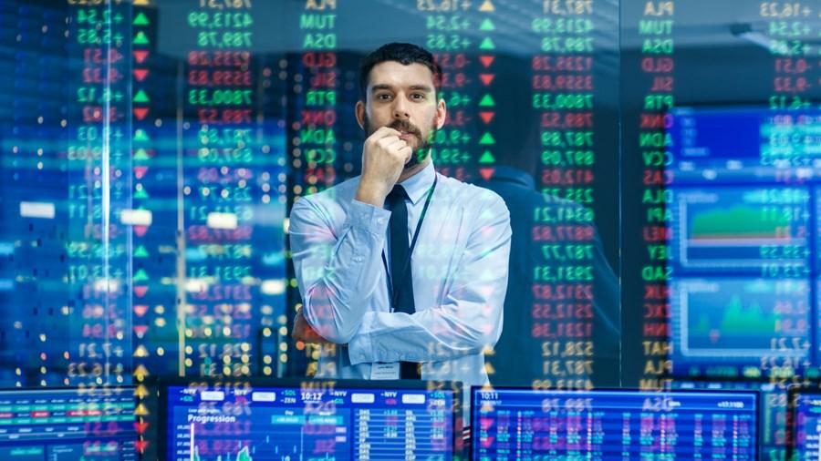Curso gratuito mostra como construir uma carreira no mercado financeiro