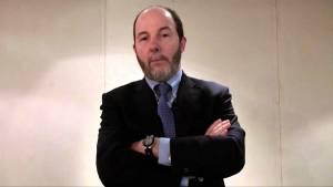 Brasil está quase falido, afirma Arminio Fraga
