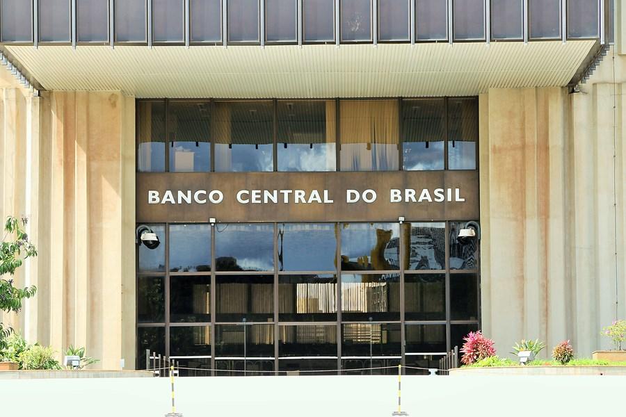 Banco Central enfatiza preocupação fiscal e futuro incerto para política monetária, dizem economistas thumbnail