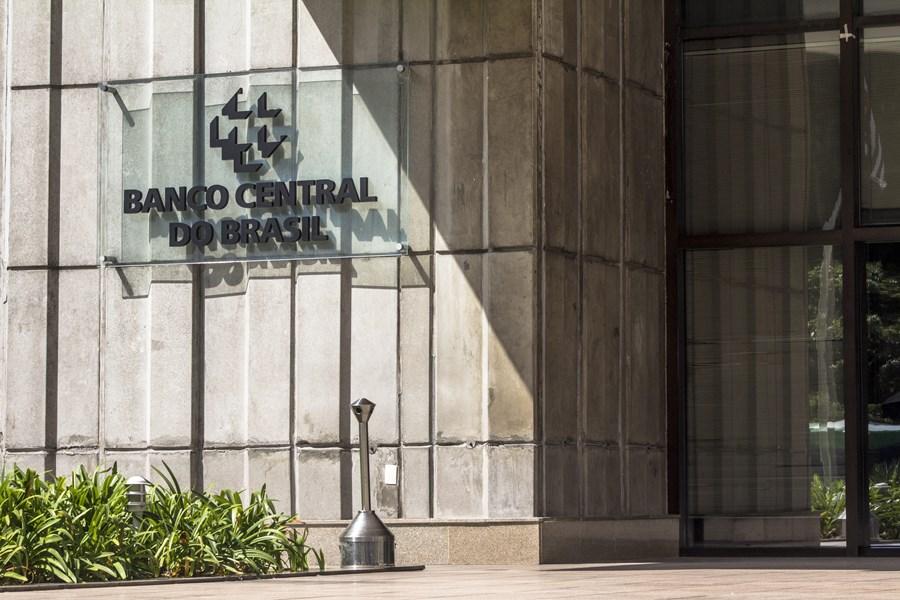 BC adia para junho de 2022 prazo para decisão sobre estrutura definitiva do open banking thumbnail
