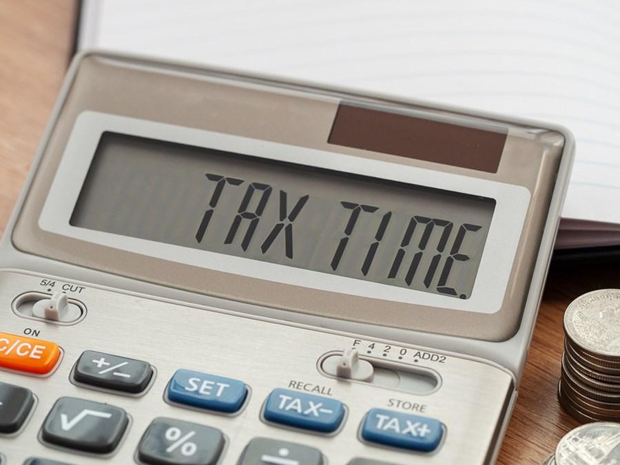 Brasileiro pagou R$ 200 bi em impostos nos primeiros 24 dias do ano