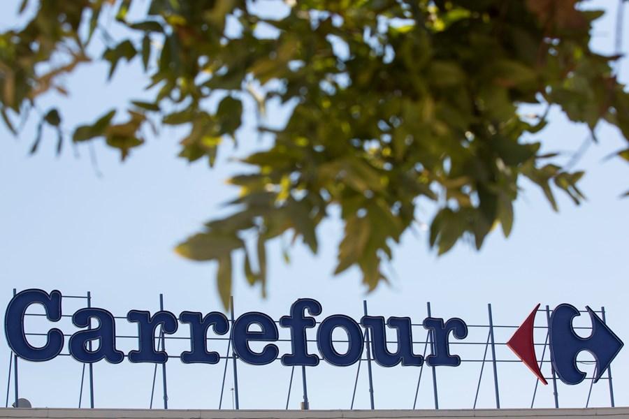 Carrefour Brasil: após saltar até 15% com possível venda de sua controladora, por que a ação amenizou tanto? thumbnail