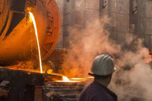Cobre sobe, mas crise de energia ainda abala mercado de metais