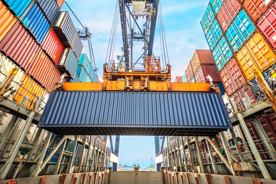 Balança comercial tem superávit de US$ 1,549 bilhão na 1ª semana de novembro thumbnail