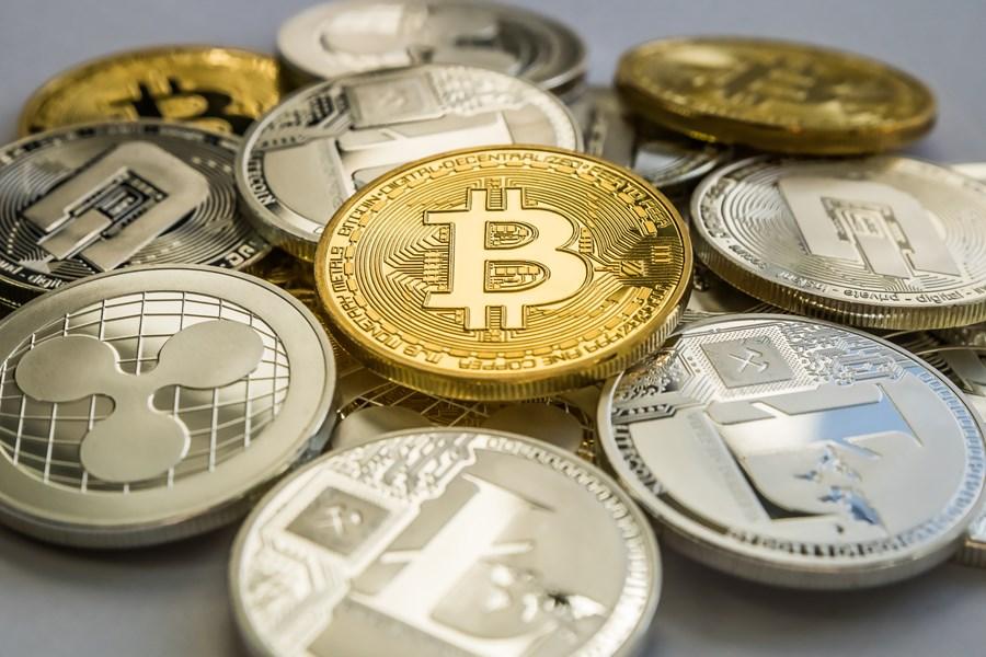 Agência reguladora britânica alerta para perdas com criptomoedas thumbnail