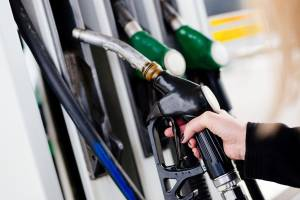 Bolsonaro edita MP que antecipa venda direta de etanol entre produtores e postos