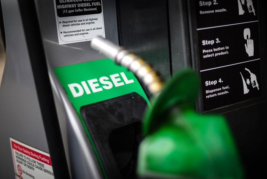Petrobras confirma redução do preço do diesel em 10% a partir de ...