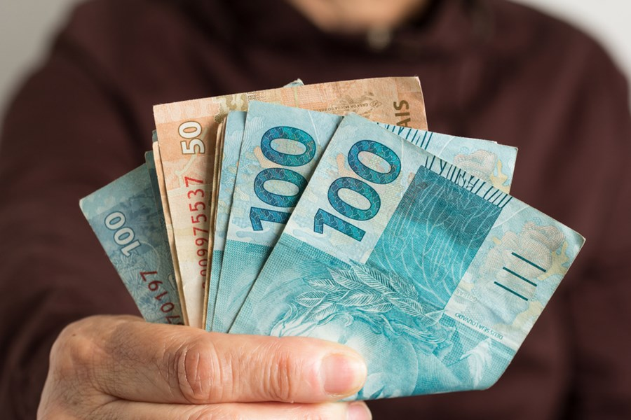 Aplicações automáticas: por que não vale a pena aderir às opções oferecidas pelos bancos