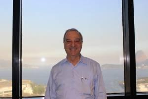 Dório Ferman: rendimentos de Warren Buffett com filosofia de Chico Anysio