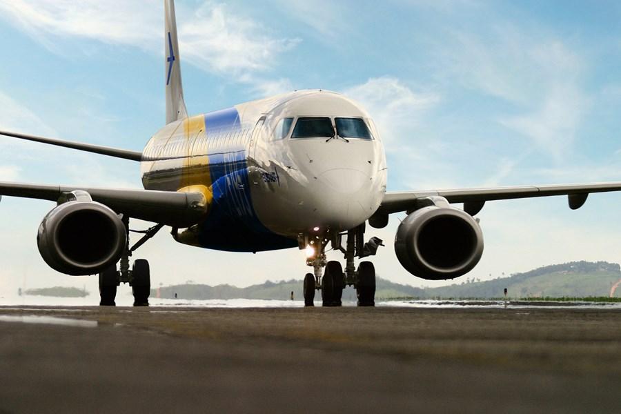 Embraer tem prejuízo ajustado de R$ 1,07 bi, Gerdau lucra 15% menos e mais resultados; nova aquisição da Notre Dame e outras notícias