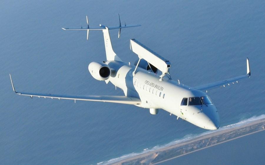 S&P retira grau de investimento da Embraer, ao rebaixar rating para BB+ thumbnail