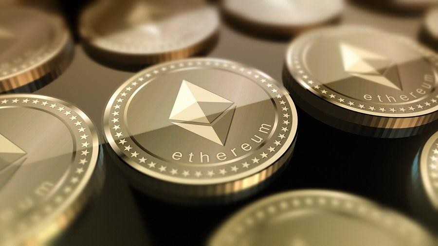 Ethereum tem forte alta antes de atualização da rede; Bitcoin e outras criptomoedas também sobem