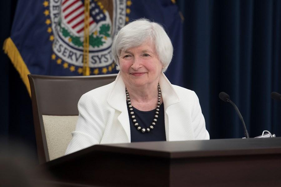 Joe Biden deve nomear Janet Yellen como secretária do Tesouro thumbnail