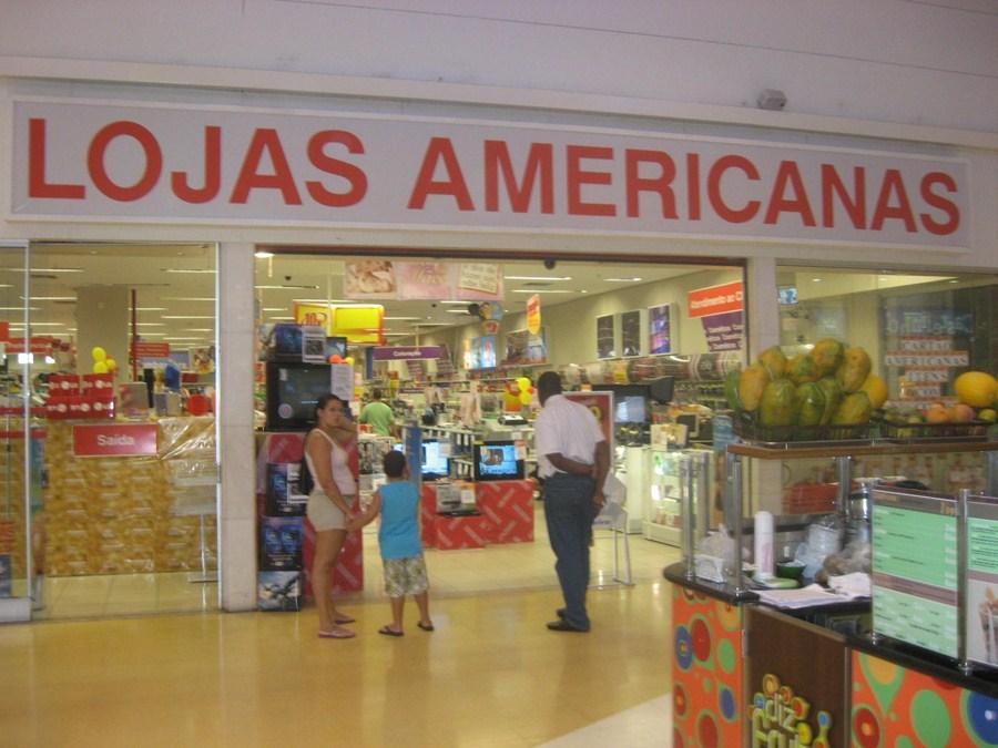 Procon-RJ autua Lojas Americanas por entregar pedra para cliente no lugar de celular