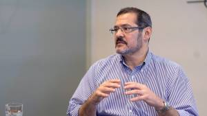 """BC terá de normalizar a taxa de juros completamente"", diz Luiz Fernando Figueiredo"