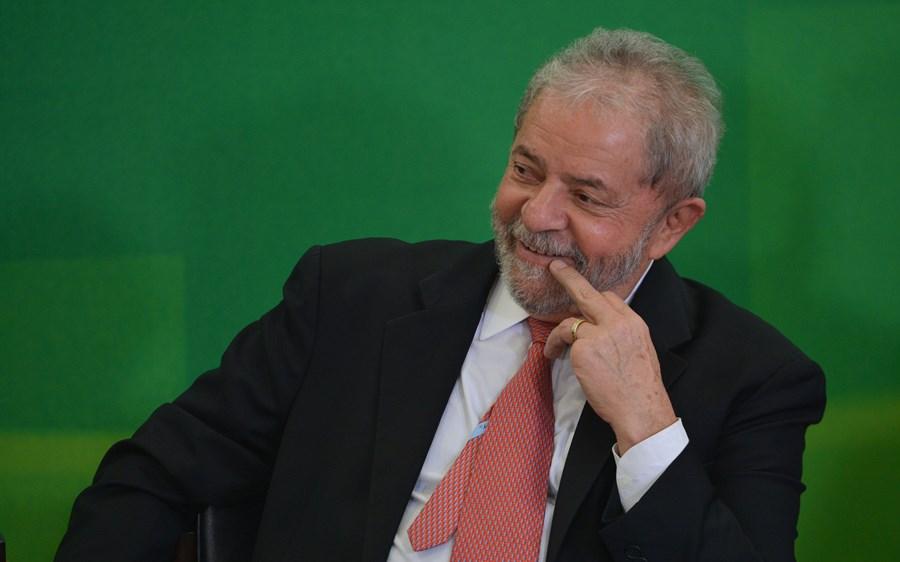 Quais são as primeiras impressões do mercado sobre a anulação das condenações de Lula por Fachin? 5 analistas comentam