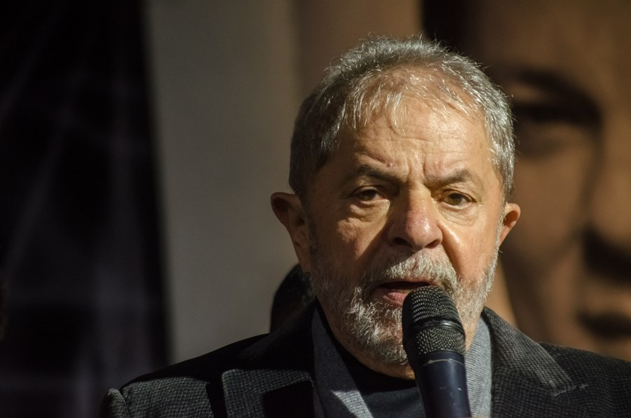 Lula se torna elegível de novo? Entenda o que acontece após a decisão de Fachin, e se ela pode ser revertida thumbnail