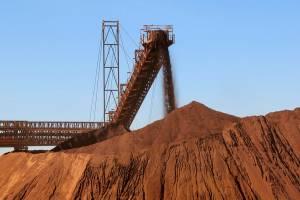 Minério atinge menor cotação do ano com demanda mais fraca