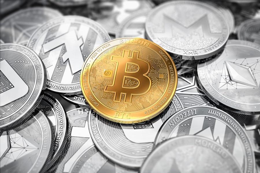"""Bitcoin cai mais de 15% e criptomoedas """"perdem"""" US$ 60 bi com onda de notícias negativas"""