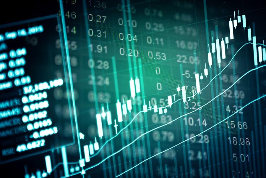 Ibovespa fecha em alta 0,5% nesta sexta, mas não evita queda de quase 1% na semana; dólar recua 2% em 5 pregões thumbnail
