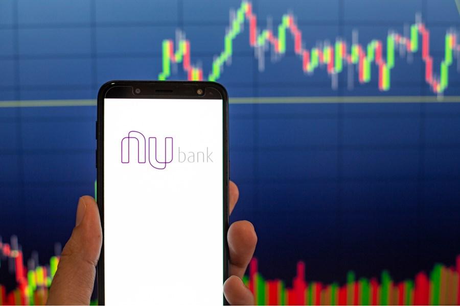 Prejuízo do Nubank tem primeira queda significativa desde a fundação da fintech thumbnail