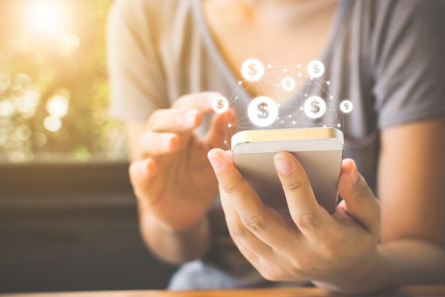 Digitalização reduziu total de desbancarizados em 73% no Brasil, diz estudo