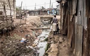 3 em cada 10 famílias brasileiras vivem sem nenhuma renda do trabalho, diz Ipea