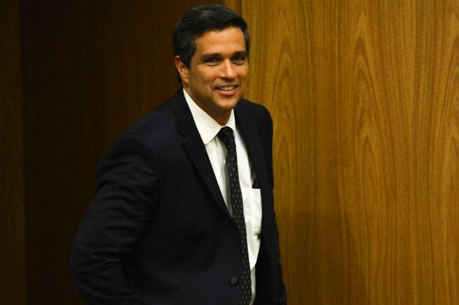 Campos Neto: Ninguém faz política monetária olhando para um IPCA