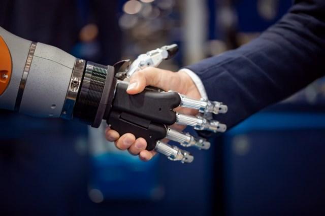 Robôs x humanos