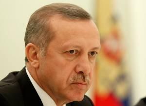 Presidente turco demite membros do BC contrários a cortar juros