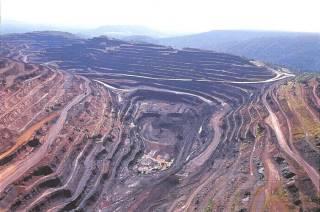 ADR da Vale (VALE3) é rebaixada à venda pelo UBS com minério em baixa