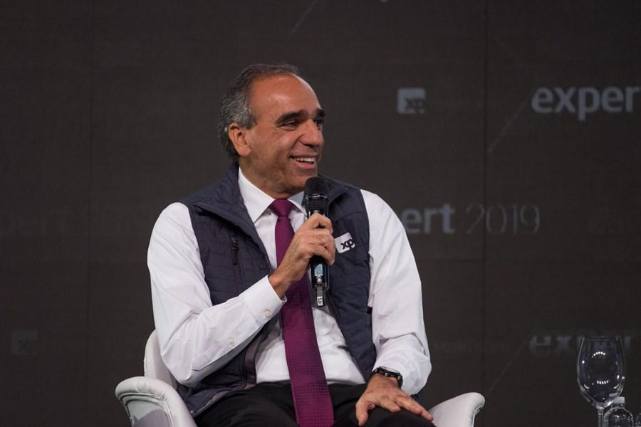 """Rogério Xavier, da SPX: """"As crises não acontecem do dia para a noite. É como banco grande quando quebra: vai estalando"""" thumbnail"""