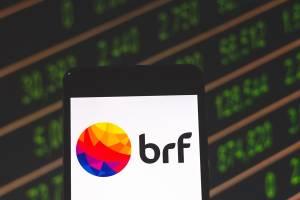 Ação da BRF chega a saltar 14%, mas depois ameniza, após rumor de que JBS avalia contra-ataque a Marfrig