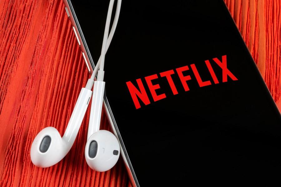 Ações da Netflix e outras podem se beneficiar do efeito quarentena ...