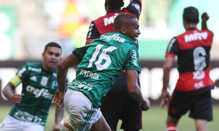 Palmeiras e Flamengo em dispura