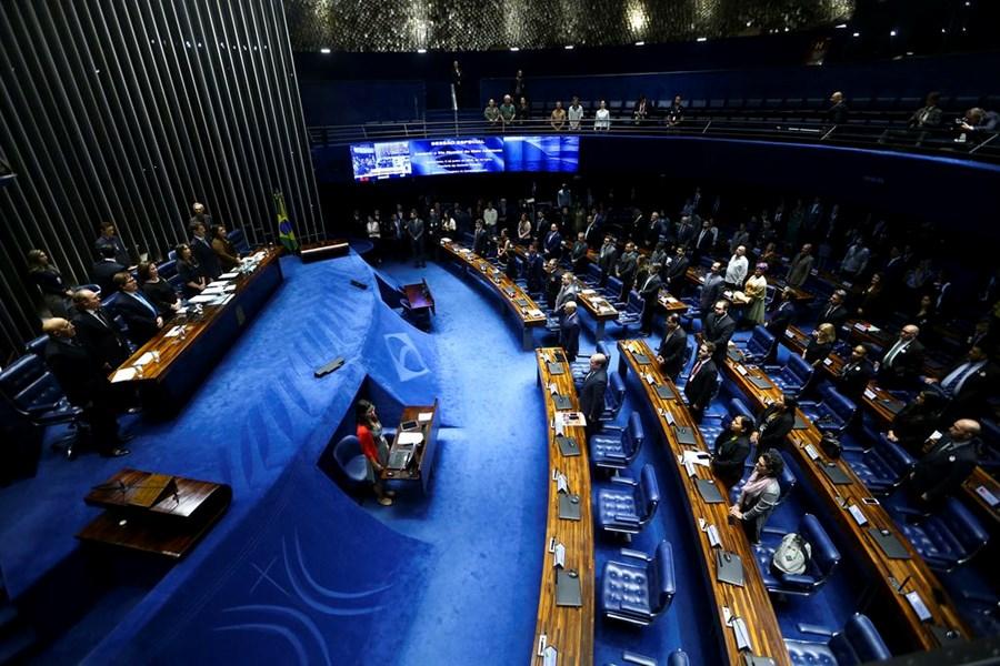 Senado aprova projeto de lei da cessão onerosa; texto vai à sanção presidencial