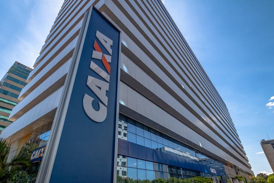 Caixa anuncia nova data para saque de R$ 998 do FGTS