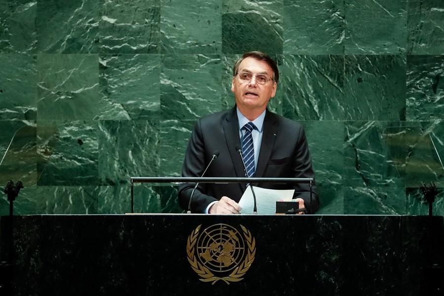 Jair Bolsonaro discursando na ONU