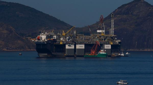 Choque do petróleo pode valorizar refinarias da Petrobras