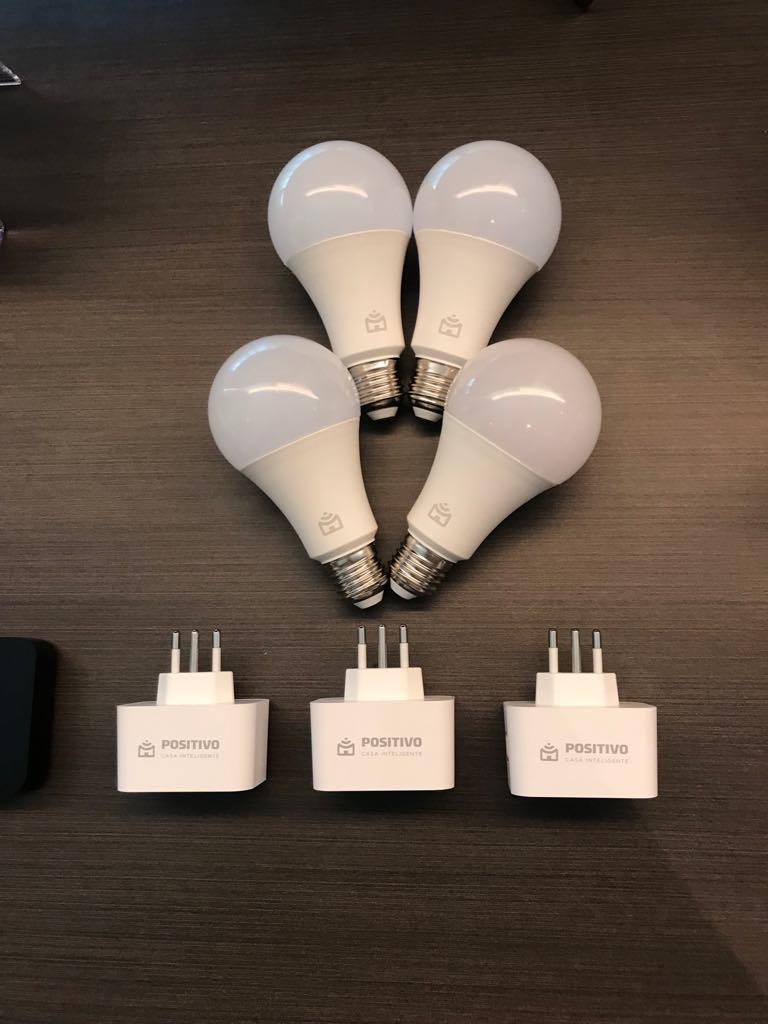 lampadas e tomadas inteligentes da Positivo