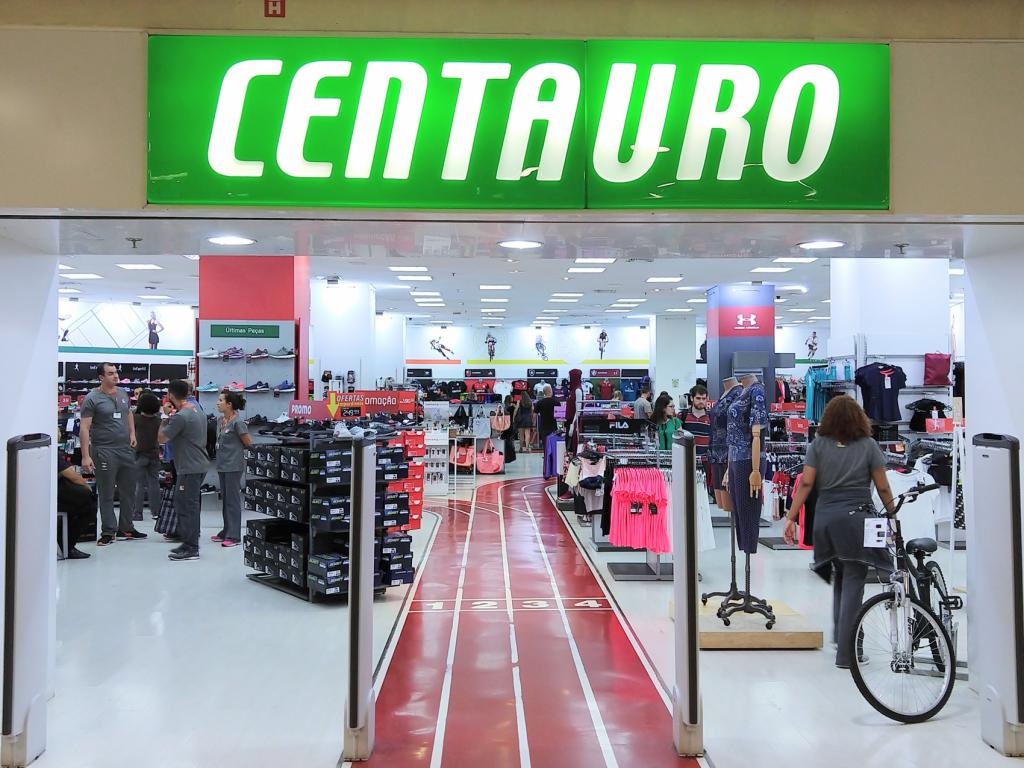 Loja da Centauro em shopping center