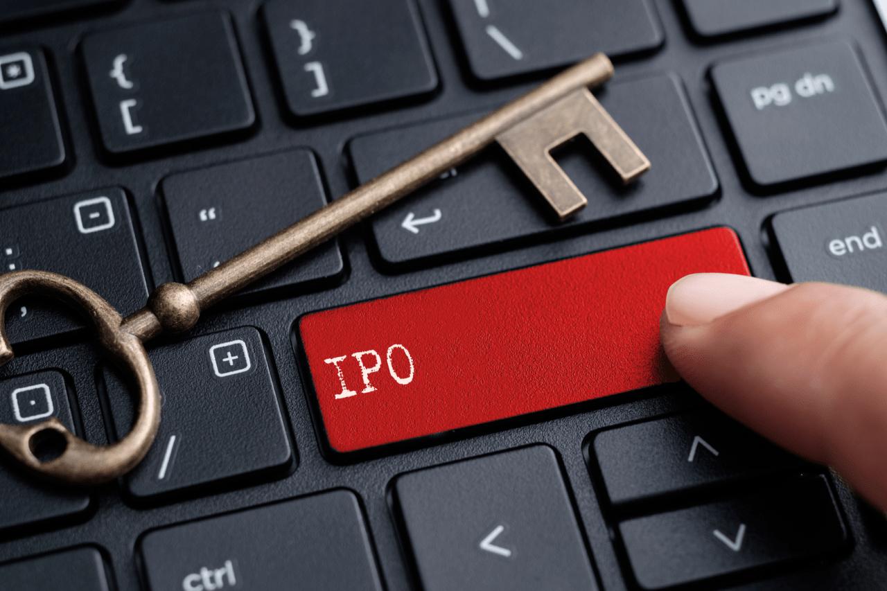 Teclado de computador com a tecla IPO