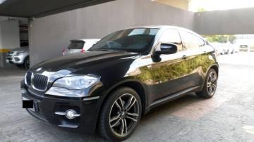 Carro BMW X6 preto