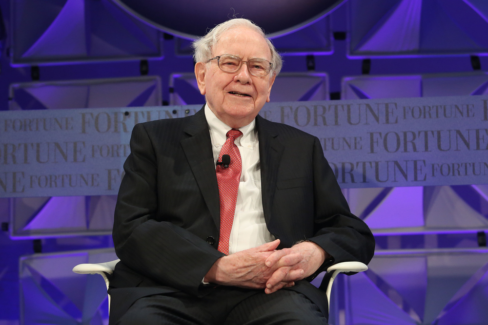 """""""Não compre ou venda ações com base nas manchetes, o longo prazo não muda com o coronavírus"""", diz Warren Buffett"""