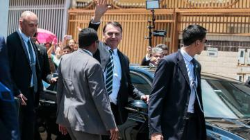 O presidente Jair Bolsonaro durante visita a Ceilândia - Antonio Cruz/Agência Brasil