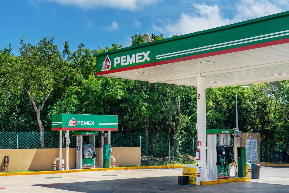 Posto de gasolina da Pemex.