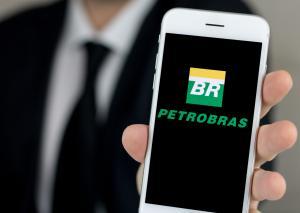 Logo da Petrobras em tela de celular