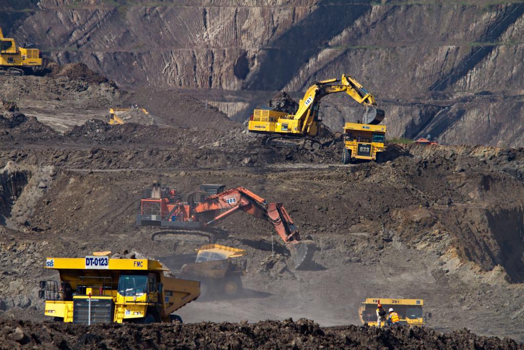 Mina de carvão na Indonésia