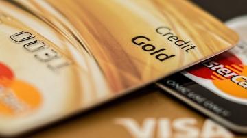 Cartões da bandeira Visa e Mastercard